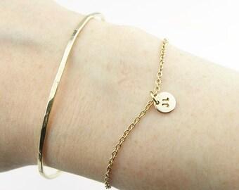 Personalized Charm Bracelet Custom Monogram Bracelet Delicate Layering Bracelet Initial Disc Bracelet Gold Silver Personalized gift for her
