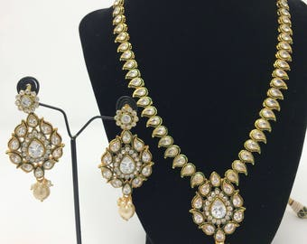 Kundan Jewelry Set - Indian Jewelry Set - Indian Bridal Set - Kundan Earrings - Kundan Bridal Set - Bollywood Jewelry Set -Pakistani Jewelry