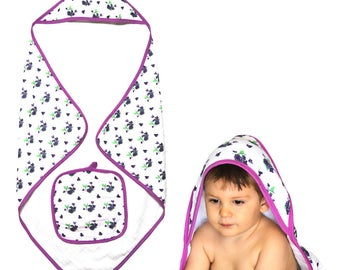 Generously Sized 2-Piece Baby Muslin Hooded Bath Towel Ponco and Washcloth Set for Girls – Purple Floral Butterfl