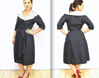 1940's Navy Blue Silk Dress with Ivory Polka Dot Collar / Rare Collectable Retro