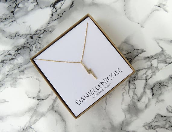 Dainty Lightning Bolt Necklace, Dainty CZ Necklace, Pendant Necklace, Dainty Necklace, Everyday Jewelry, Simple Necklace, Simple Jewelry