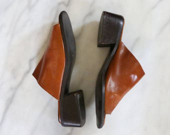1990's Brown Leather Liz Claiborne Mules // Chunky Heel Peep Toe Mules