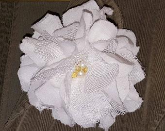 Hair Clip, White Fabric Flower Clip, Flower Hair Accessory, Flower Hair Clip, Embellishments, Wedding Flower,Bag Clip,Hat Clip,Purse Clip