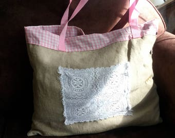 Gorgeous bag in linen and old table mat!