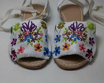 Slip on Sandals, White Sandals, Kids Sandals, Flat Sandals, Boho Sandals, Girls Sandals, Womens Sandals, Sandals, Womens Flats