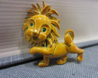 Adorable Vintage Gerry's 1960s Lion Brooch
