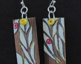White flames earrings, wood earrings, dangle earrings, drop earrings, wood earrings, Boho Earrings, Eco chic,artisanal earrings