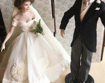 Vintage Franklin Mint Jacqueline Bouvier and John F. Kennedy Bride and Groom Porcelain Heirloom Dolls