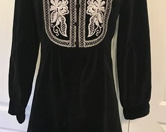 Vintage Black Silver Embroidered Velvet 1960s RagDolls Dress