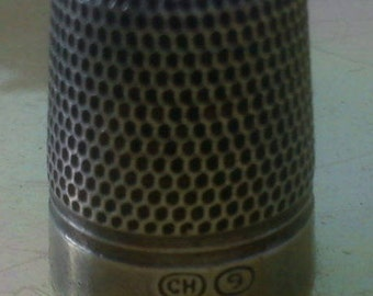 Vintage Charles Horner 'Dorcas' Steel-Cored Silver Thimble Size 9