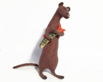 Cute rat, Handmade rat toy, Soft sculpture, Rat art, Needle felted animal, Braun rat, Collectable rat, Felt soft toy, Valentine's Day