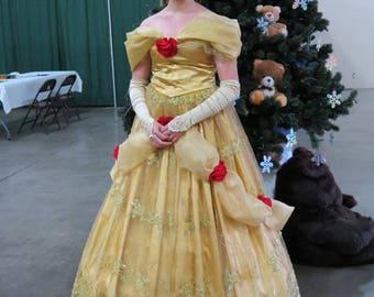 Plus Size Deluxe Belle Costume