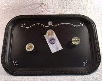Magnetic Memo/Jewelry Display Chalkboard w/ 3 Magnets