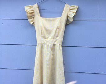 Vintage Yellow White Gingham Checkered Picnic Pinafore Ruffled Dolly Flutter Sleeve Mini Dress