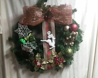 Reindeer Christmas Wreath for your front door decor, 22x24