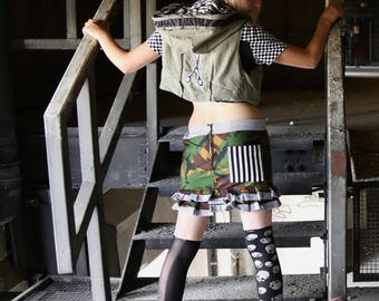 Army camou skirt, with stripes frill and pocket.