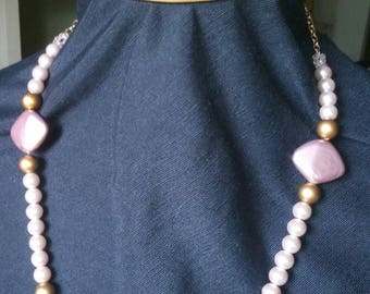 Pink pearls and metal necklace