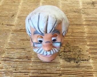 """tête de marionnette ancienne, Geppetto, personnage de dessin animé """"Pinocchio,ancient puppet head, gamle dukkehodet, kepala boneka purba"""