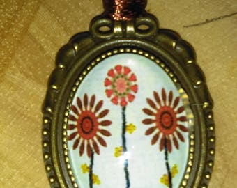 Vintage look pendants