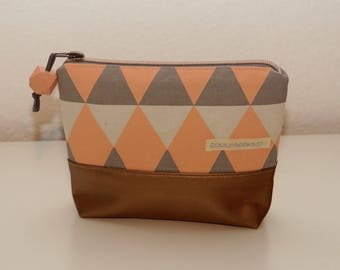 makeup bag, make-up bag, make up bag, cosmetic bag, cosmetic pouch, makeup pouch, make-up pouch, make up pouch