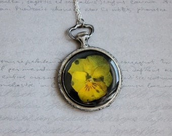 Necklace + genuine watch FOB (5cm), resin and yellow pansy flower