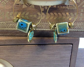 Hoop earrings gold and blue