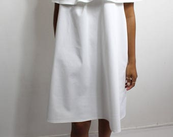 Blouse-tunic dress short bardot shoulders naked with a ruffle neckline