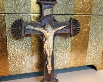 Vintage decorative resin home crucifix