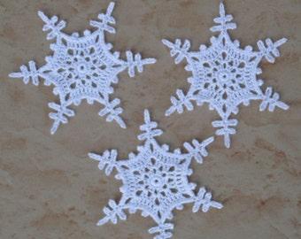 set of 3 white snowflakes crochet 10 cm