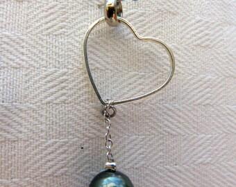 "Pendant Tahitian Pearl and heart ""Maupiti"""