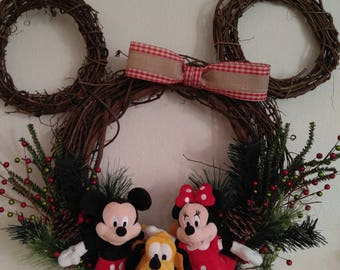 Mickey Mouse Character Wreath
