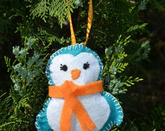 Penguin Christmas hanging