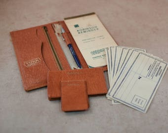 Vintage Leather Checkbook Pocket Book