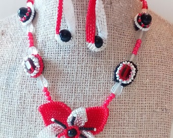 Adornment necklace and earrings red white black silver beads flower hand embroidered
