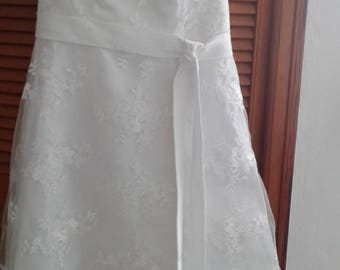 I sell my ceremony dress at low price