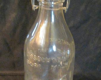 Vtg 1965 Thatcher's Dairy 1 Qt Absolutely Pure Milk Glass Bottle