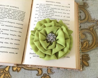 Chartreuse Flower Hair Clip.Chartreuse Flower Brooch Pin.Bridesmaid.Headpiece.hair accessory.wedding.bridesmaid.Chartreuse Green.Hair Piece
