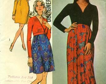 Simplicity 9709 Mini Maxi SURPLICE BODICE DRESS 1970s Fashion Designer ©1971