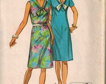 1971 Simplicity 9330 Retro Sailor Dress Sewing Pattern Vintage Size 14