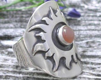 Sterling Silver Saddle Ring with Sun and Peach Moonstone - Boho Saddle Ring -Peach  Moonstone Ring - big sun ring -US size 7 3/4 - size 7.75