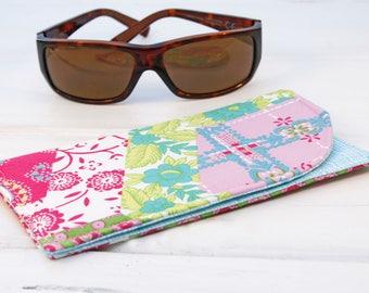 Sunglass Case, Glass Sleeve, Cases for sunglasses , Funky Sunglasses case, Sunglass sleeves, Paisley Patches Sunglass Case