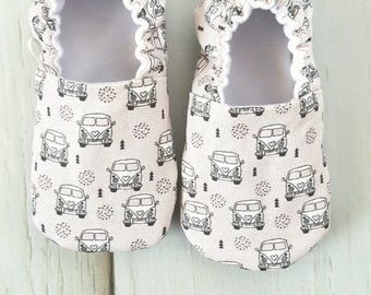 VWs Baby Moccs / Volkswagon / Baby Shoes / Baby Moccasins / Soft Sole Shoes / Montessori Shoes / Waldorf / Vegan Moccs / Vegan Moccasins