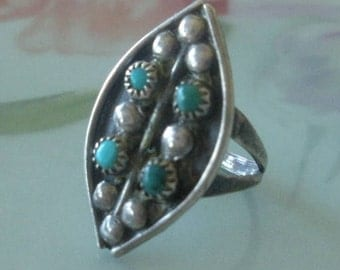 Antique Native American Zuni Petit Point Turquoise Southwestern Native American Petit Point Snake Eyes Sterling Silver Pinky Ring Size 2.5