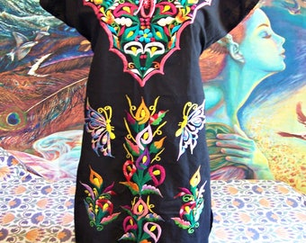 Mexican Dress, Black Mexican Dress, Embroidered Mexican, Embroidered Lilies, Frida Kahlo dress, size M / L