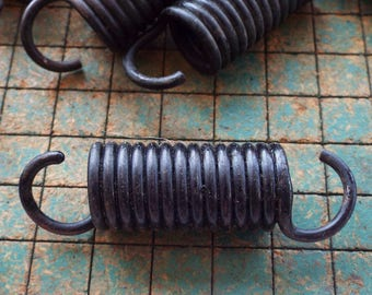 5 Springs, 2 3/4 inch, heavy duty extension spring, found art supply, crafting, steampunk art, bedsprings