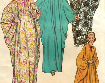 Vintage 70s Simplicity 5680 UNCUT Misses  Bat Wing Caftan Robe Sewing Pattern- One Size