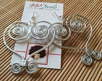 SANKOFA: Bangin' Beauties hammered aluminum wire earrings
