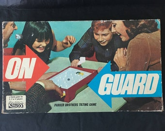 Complete 1967 ON GUARD Game by Parker Brothers - Works