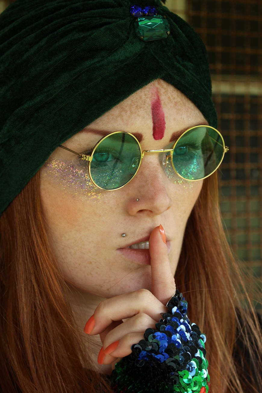 b65d4b40d3 60 s 70 s round green lense John Lennon sunglasses with gold frames hippie