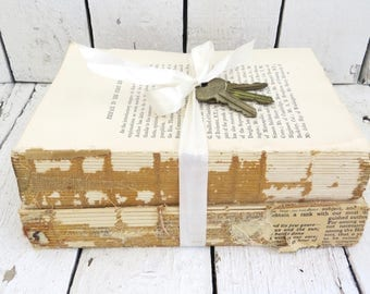 Vintage Books, Old Books, Rustic Decor Books, Antique Books, Home Office Decor, Instant Library, Shabby Cottage, Interiors, Book Decor